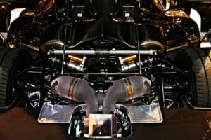 アゲーラRSR5.0L V8ツインターボエンジン