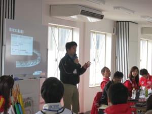 マツダ開発スタッフ講師陣による講義を予定