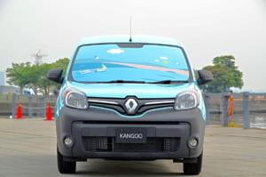 ブルー ドラジェのルノー カングー クルール200台限定発売